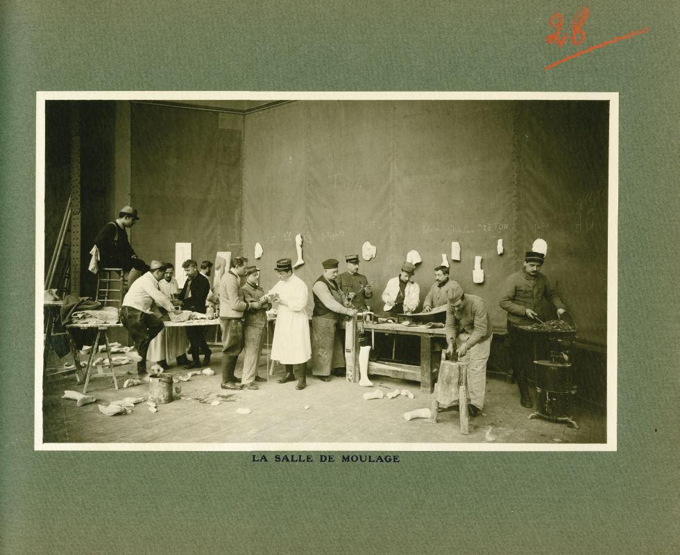 [Le Grand Palais pendant la guerre] La salle de moulage - Le Grand Palais pendant la guerre (1914-19 [...] -  - med02077x0052