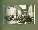 [Le Grand Palais pendant la guerre] Un des réfectoires (700 places) - Le Grand Palais pendant la gue [...]