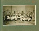 [Le Grand Palais pendant la guerre] L'école de massage - Le Grand Palais pendant la guerre (1914-191 [...]