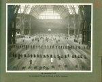 [Le Grand Palais pendant la guerre] La grande nef. Le maniement d'armes des blessés en fin de traite [...]
