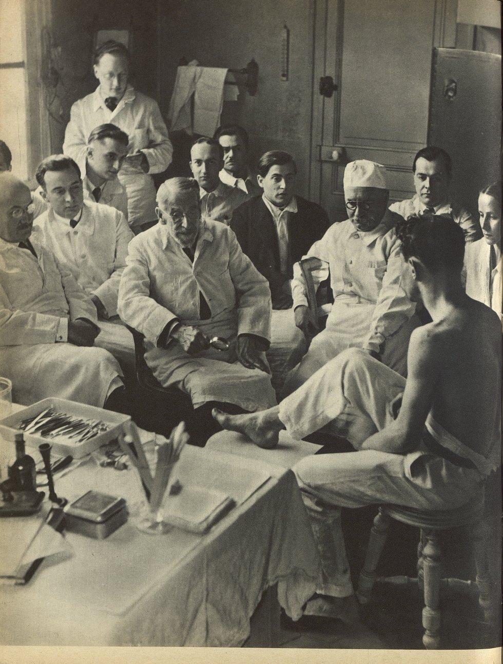 Jean Darier, dont on célèbre cette année le 80e anniversaire, est le plus grand dermatologiste vivan [...] -  - med112580x1935_1936x0238
