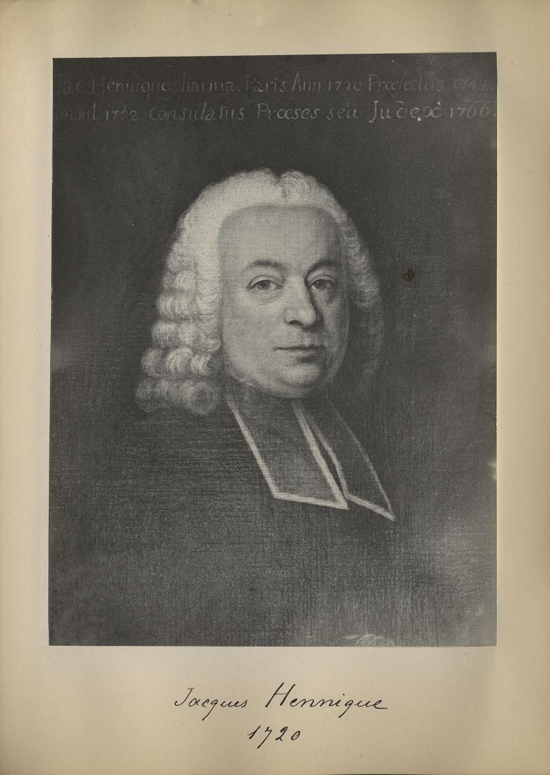 [Portrait de la salle des Actes] Jacques Hennique 1720 - Album de platinotypies. Tableaux de la sall [...] -  - medextcnop0003x0058