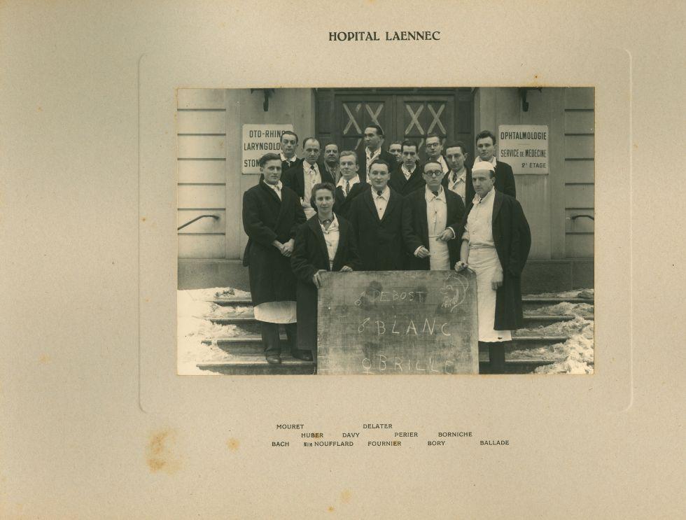 Hôpital Laennec. Mouret / Delater / Huber / Davy / Perier / Borniche / Bach / Mlle Noufflard / Fourn [...] -  - medinternat27x0031